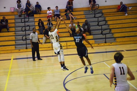 Saints basketball stays strong under high expectations