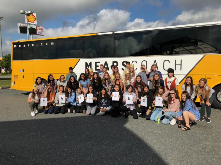 The+group+of+students+that+went+to+YALLFest+traveled+to+Charleston%2C+South+Carolina+on+a+six-hour+bus+ride.+Many+of+them+were+looking+forward+to+meeting+their+favorite+authors.