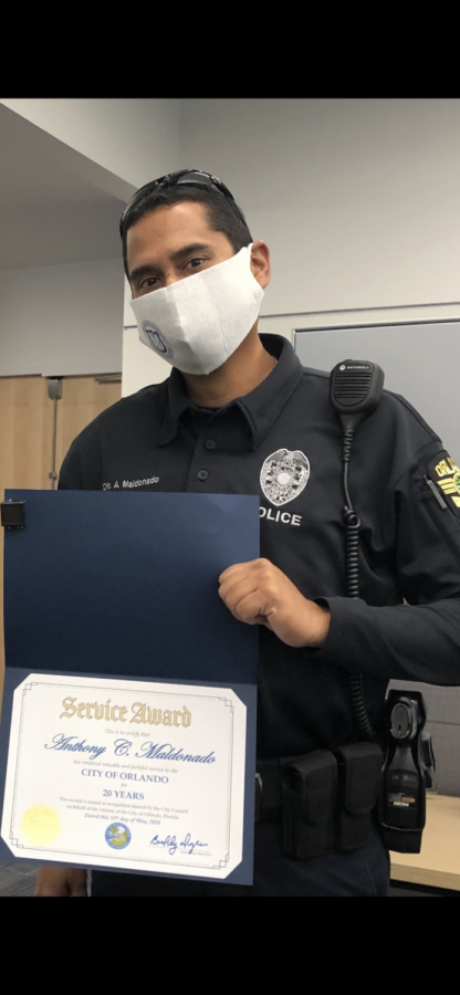 Maldonado receives Service Award for 20 years of service with the Orlando Police Department.